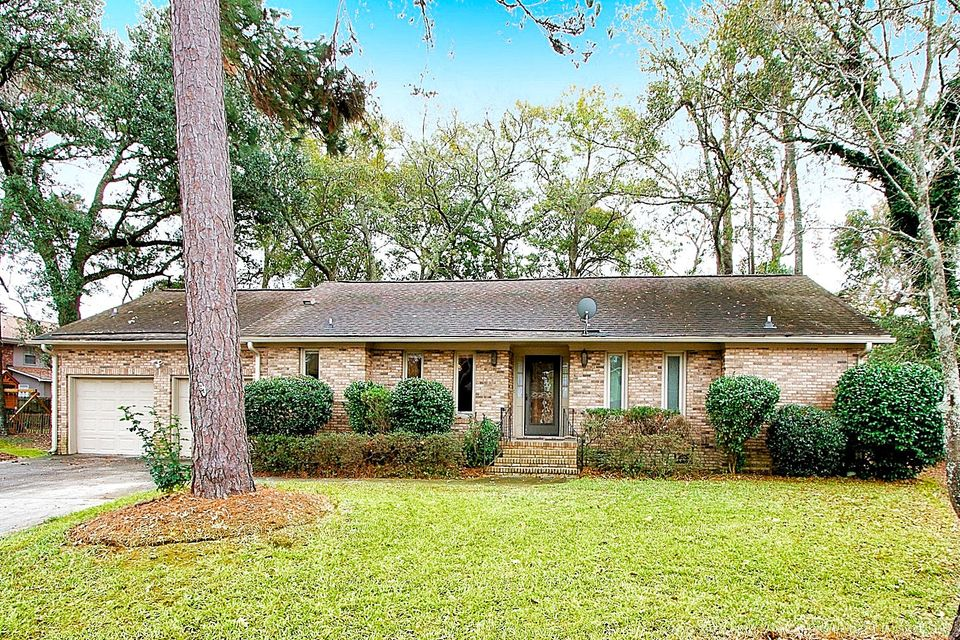 1104  Talisman Road Mount Pleasant, SC 29464