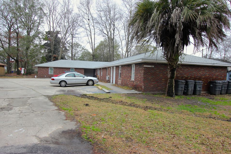 5061  Rockingham Street North Charleston, SC 29406