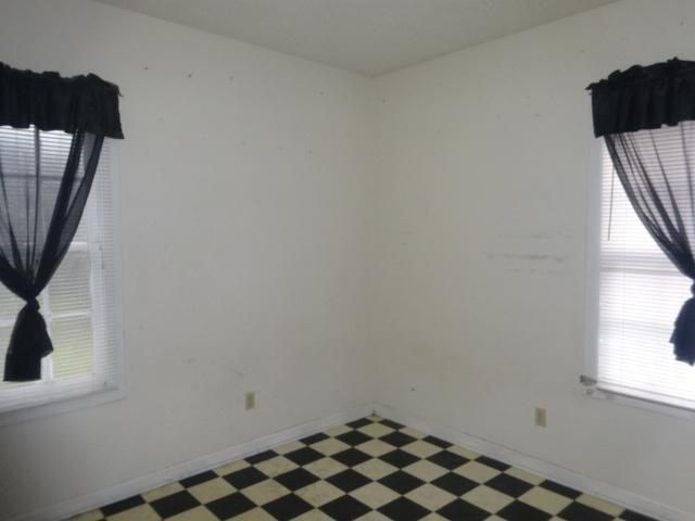 30  Amherst Street Charleston, SC 29403
