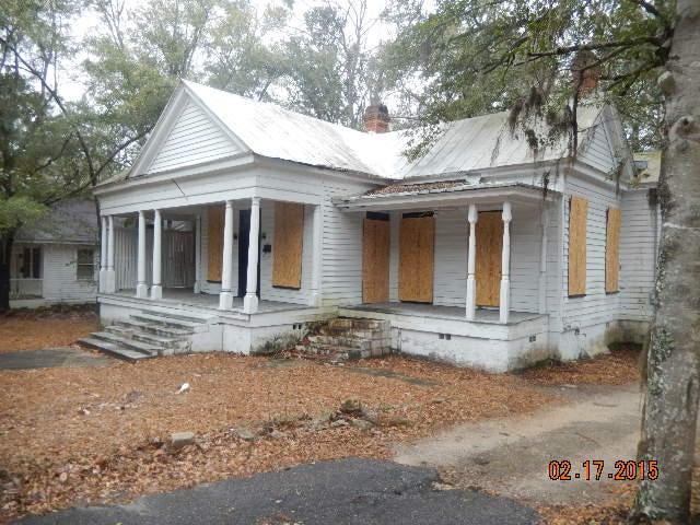 1401  Wichman Street Walterboro, SC 29488