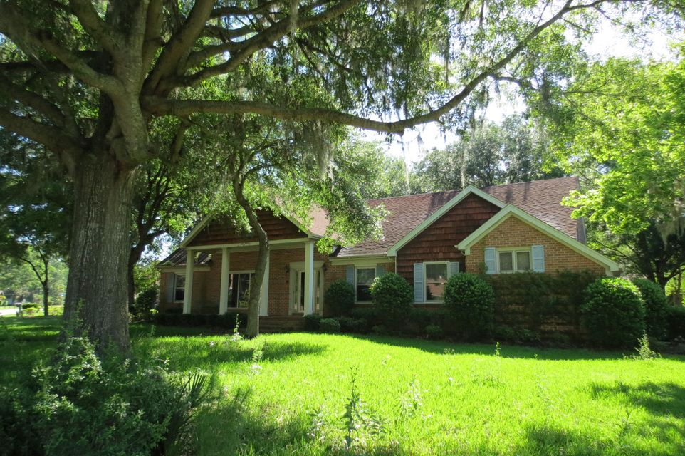 29  Shadowmoss Parkway Charleston, SC 29414