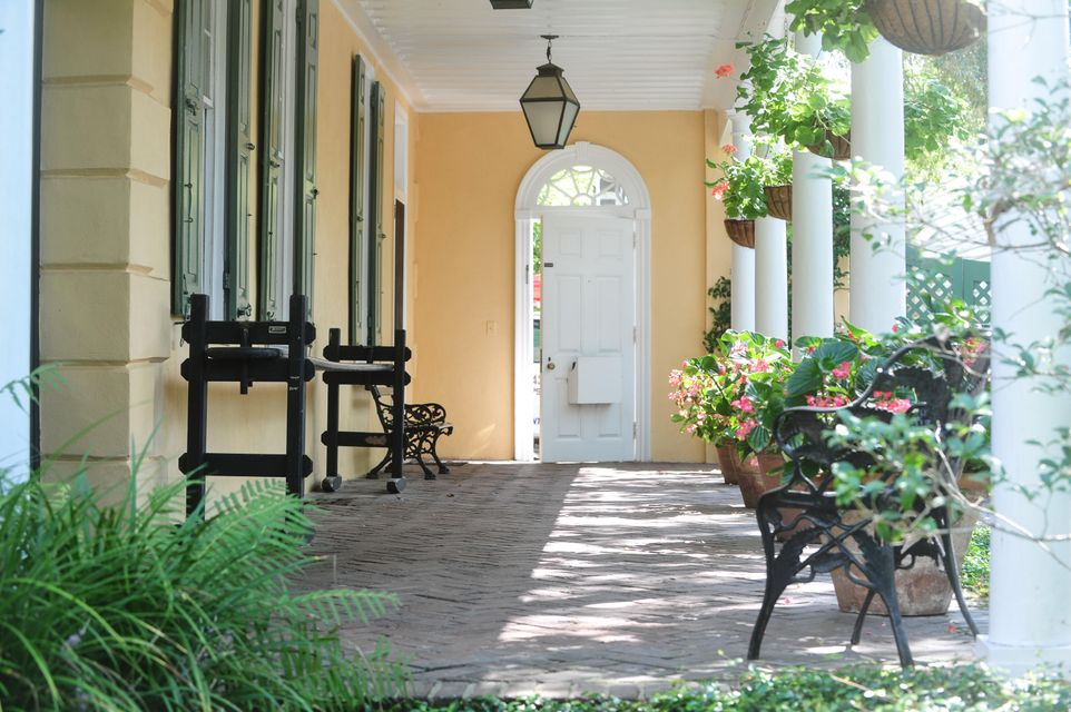 59  Church Street Charleston, SC 29401
