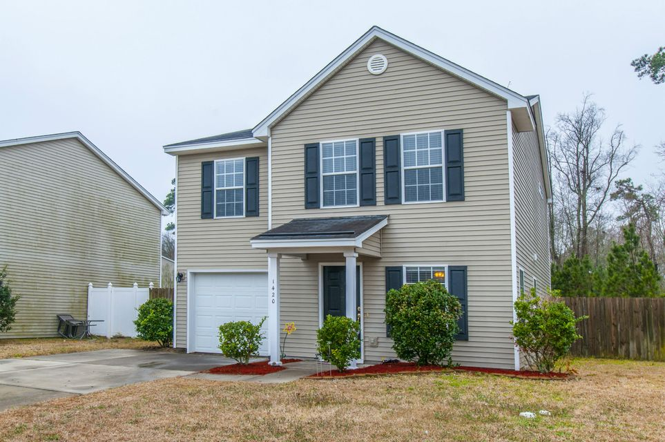 1420  Pinethicket Drive Summerville, SC 29483