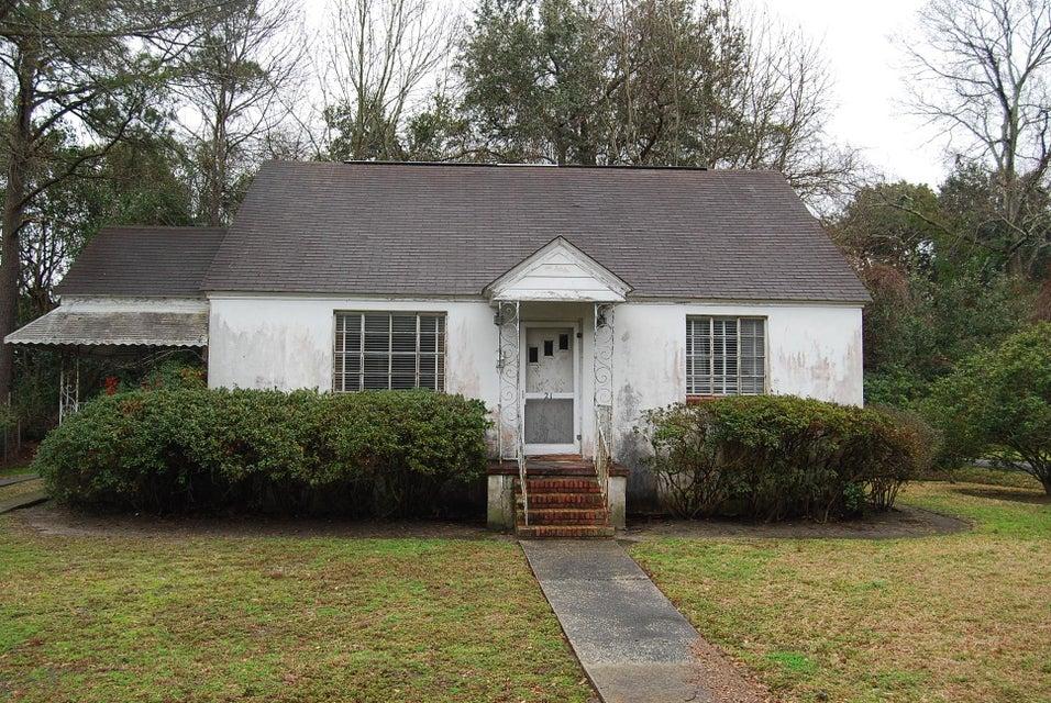 21  Fenwick Drive Charleston, SC 29407