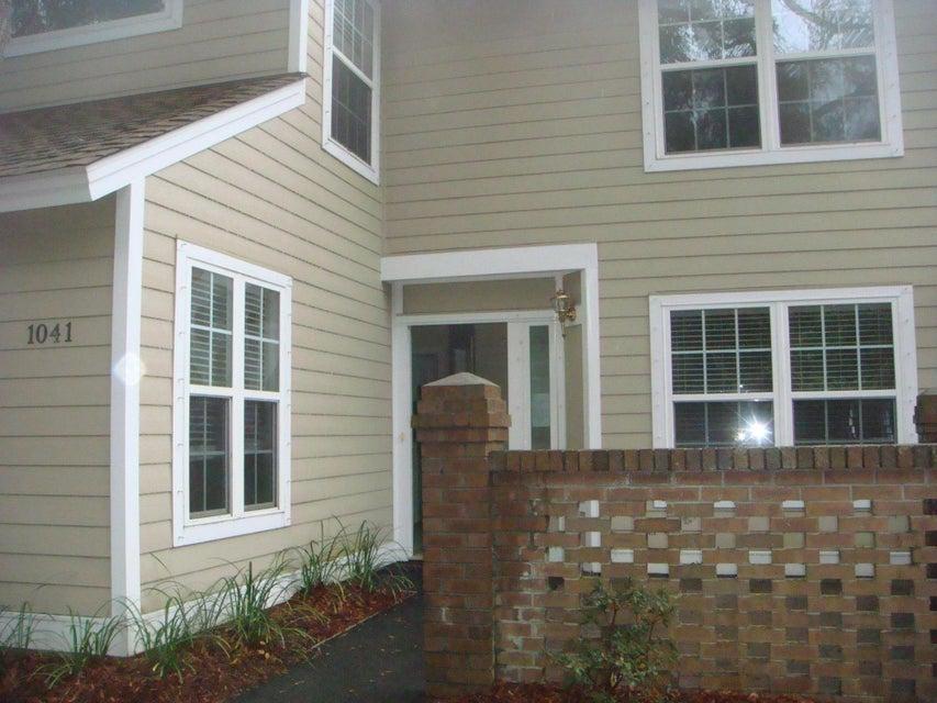 1041  Village Creek Lane Mount Pleasant, SC 29464