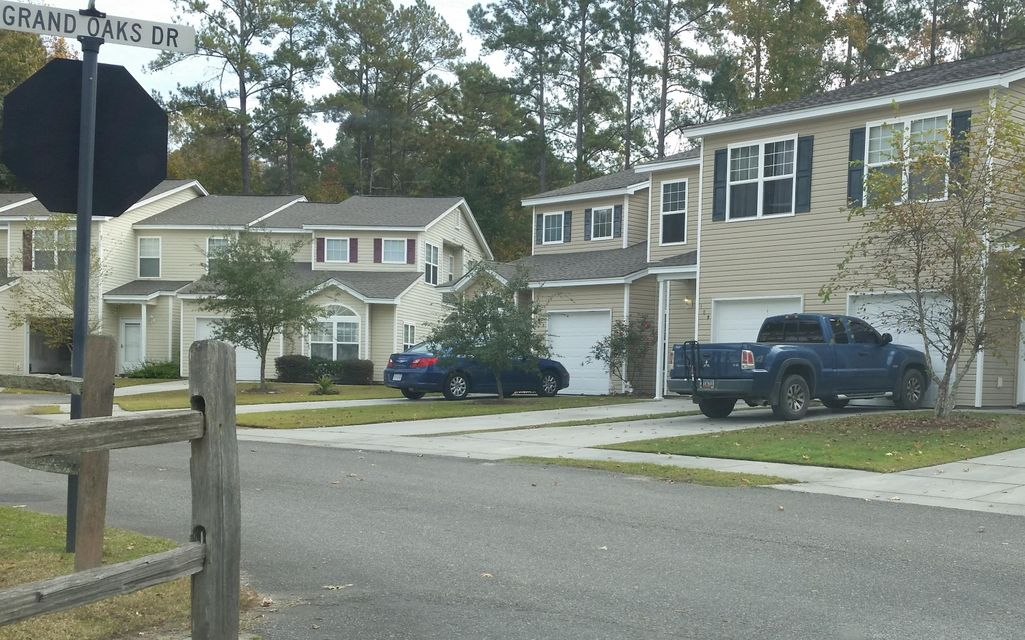 105  Chestnut Oaks Court Ladson, SC 29456