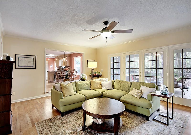 2332  Maclaura Hall Avenue Charleston, SC 29414