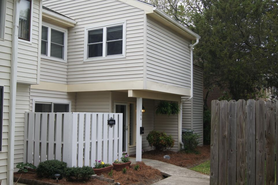 606  Baytree Court Mount Pleasant, SC 29464