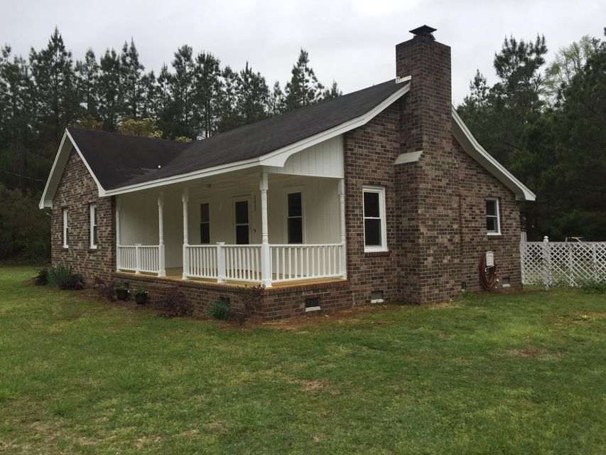 2632  Mudville Road Cross, SC 29436