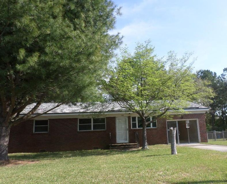124  Westfield Avenue Goose Creek, SC 29445