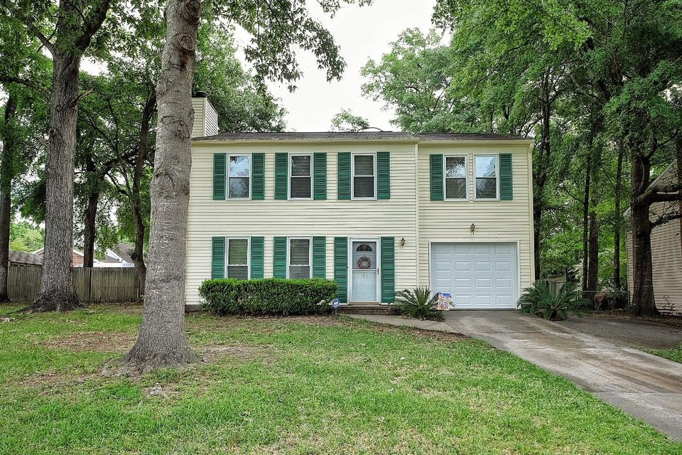 103  Miller Court Summerville, SC 29485