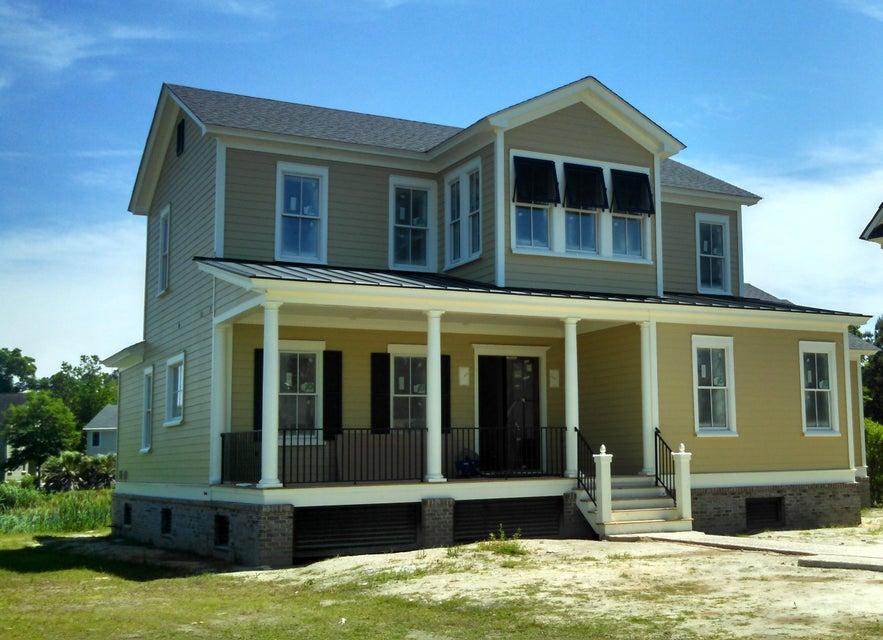 1663  Paradise Lake Drive Mount Pleasant, SC 29464