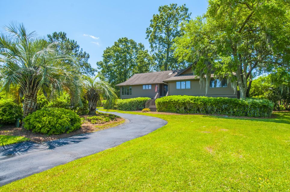 1544  Headquarters Plantation Drive Johns Island, SC 29455