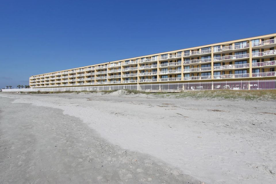Charleston Oceanfront Villas Homes For Sale - 201 Arctic, Folly Beach, SC - 35