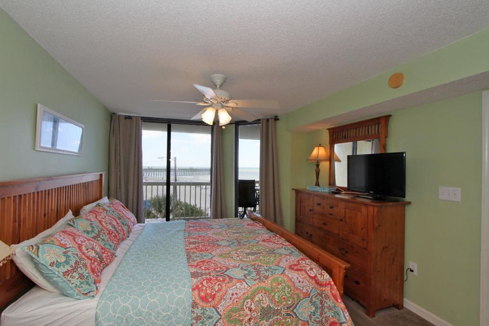Charleston Oceanfront Villas Homes For Sale - 201 Arctic, Folly Beach, SC - 22