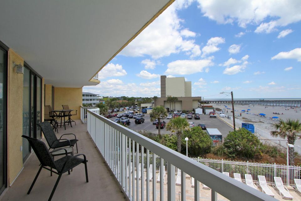 Charleston Oceanfront Villas Homes For Sale - 201 Arctic, Folly Beach, SC - 31