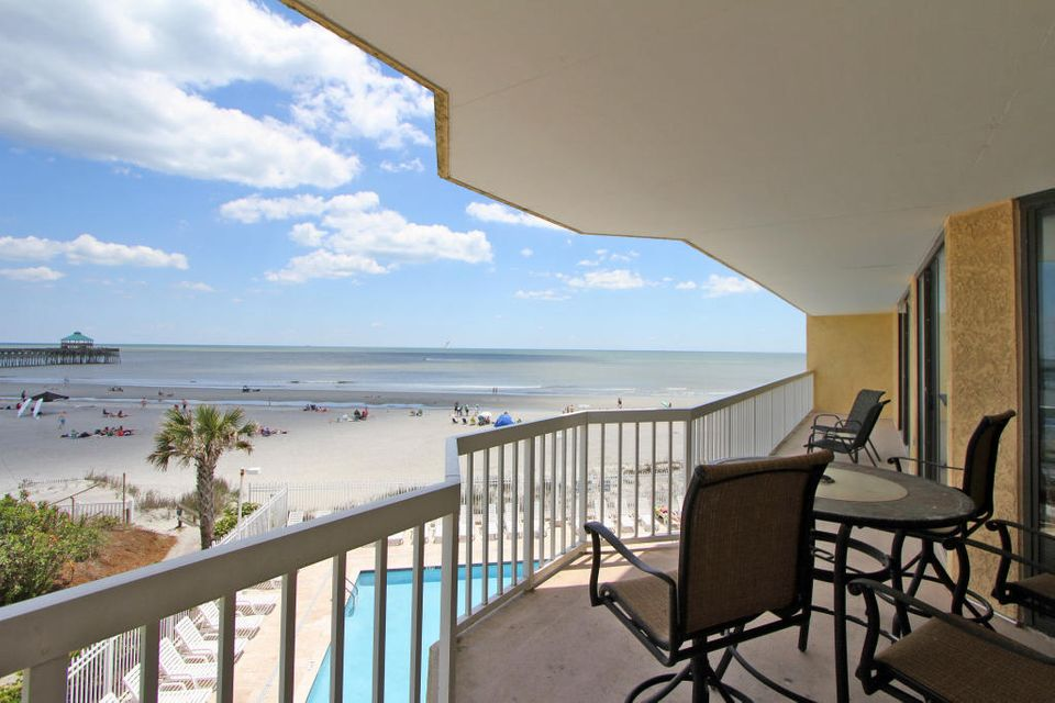 201 W Arctic Avenue Folly Beach, SC 29439