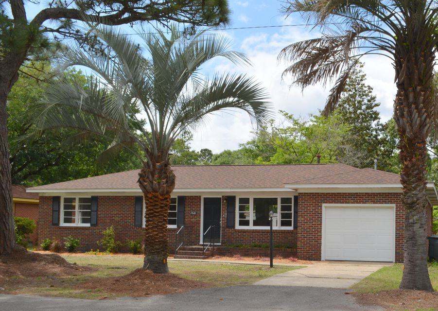 1518  Manor Boulevard Charleston, SC 29407