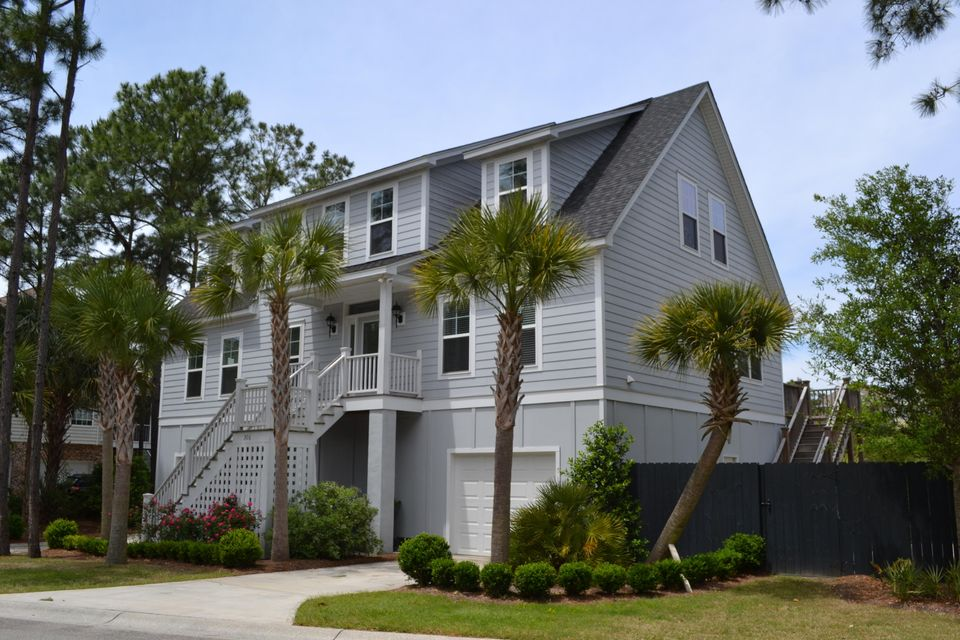 306 W Indian Avenue Folly Beach, SC 29439