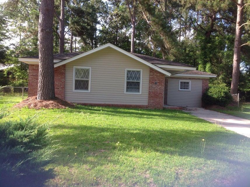 215  Logan Drive Summerville, SC 29483