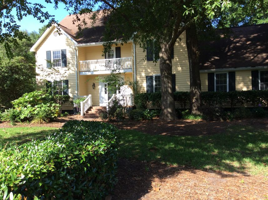 785  Creekside Drive Mount Pleasant, SC 29464