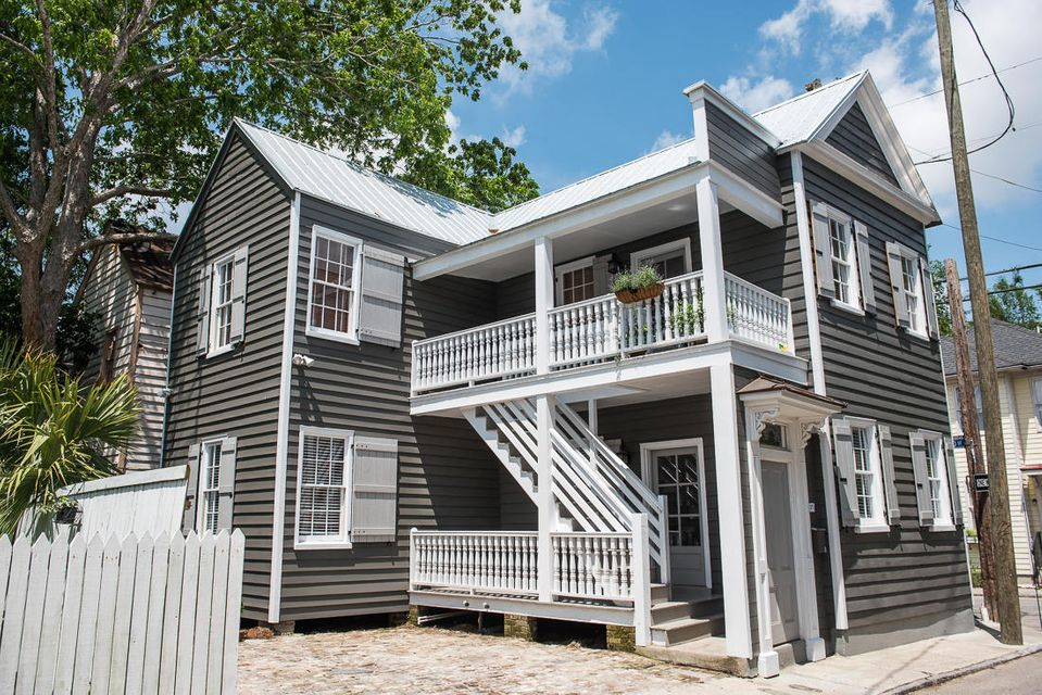 29  Sires Street Charleston, SC 29403