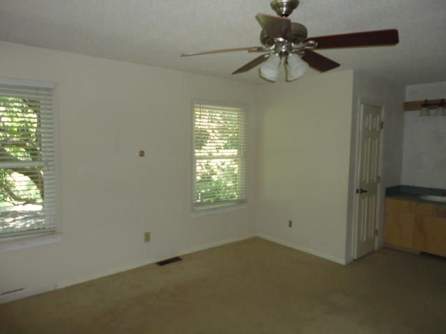 662  Williamson Drive Mount Pleasant, SC 29464