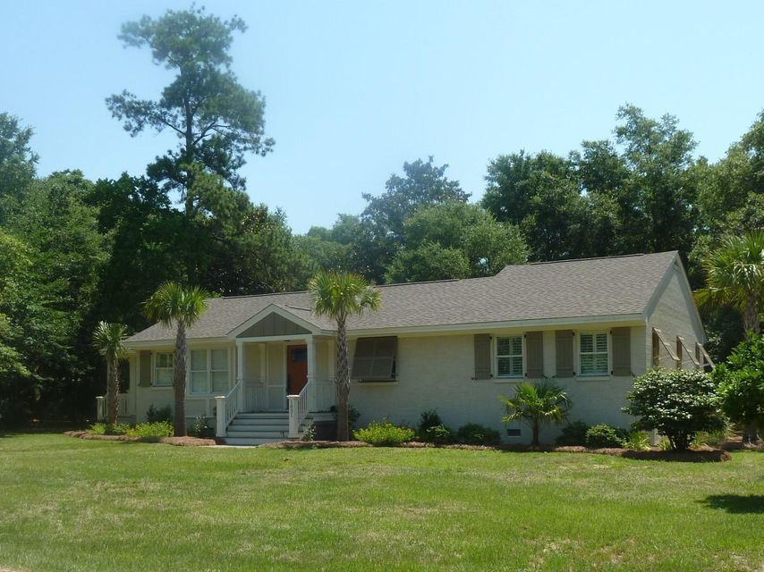 1031  Cliffwood Drive Mount Pleasant, SC 29464