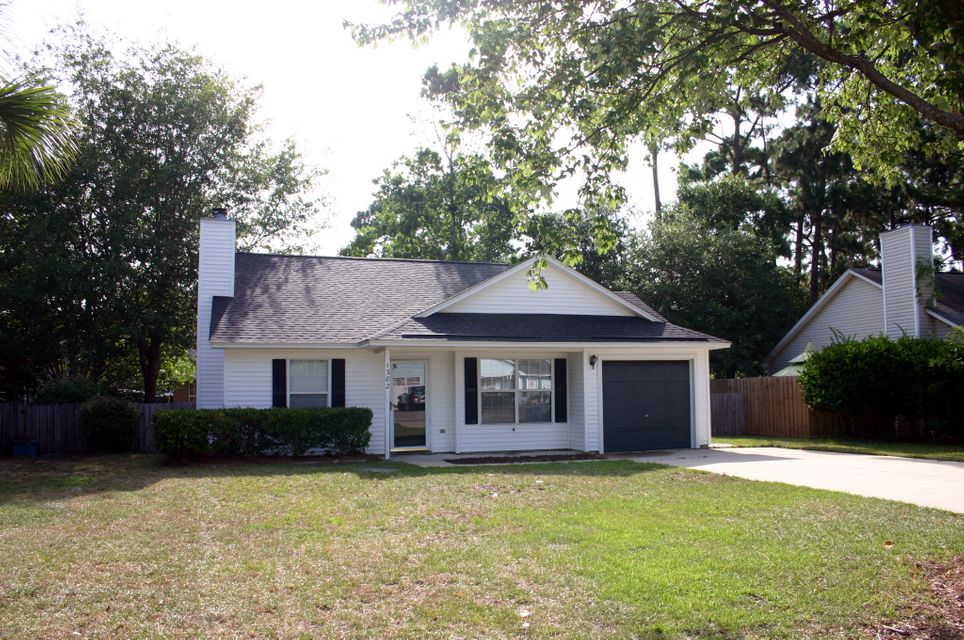 1382  West Point Drive Mount Pleasant, SC 29466