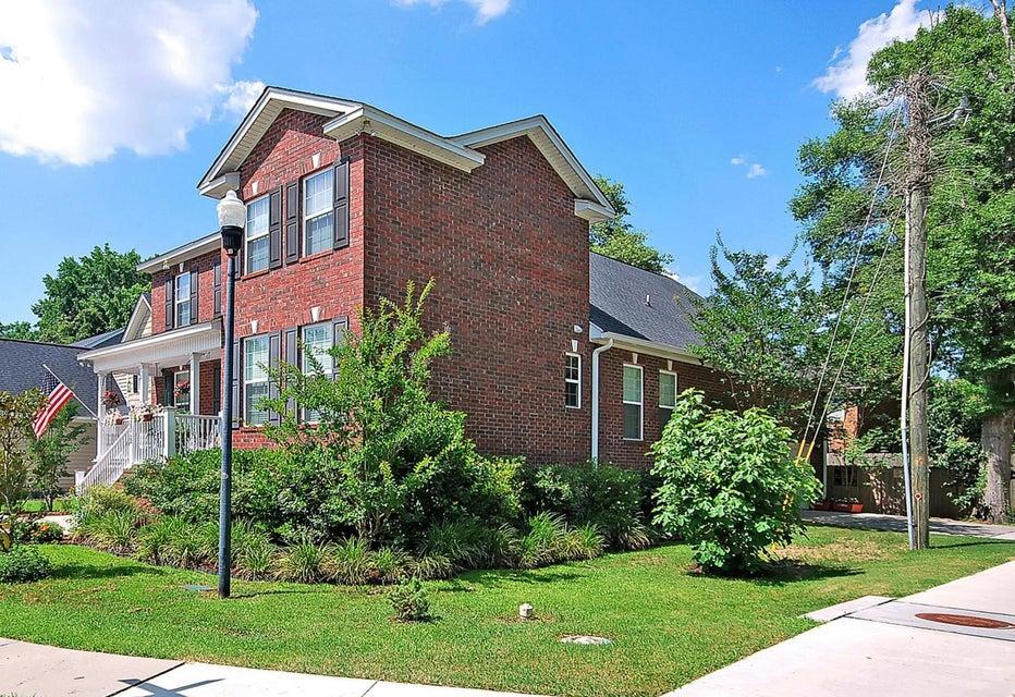 1902  Chestnut Oak Lane Charleston, SC 29414