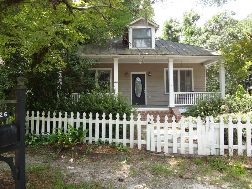 126 W Fifth South Street Summerville, SC 29483