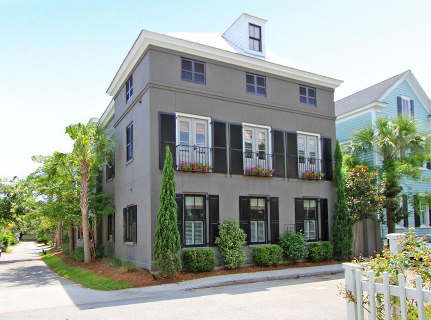 71  Sanibel Street Mount Pleasant, SC 29464