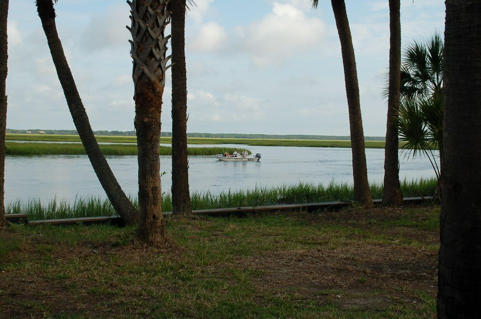 2330  Captain John Hutt Road Isle Of Palms, SC 29451