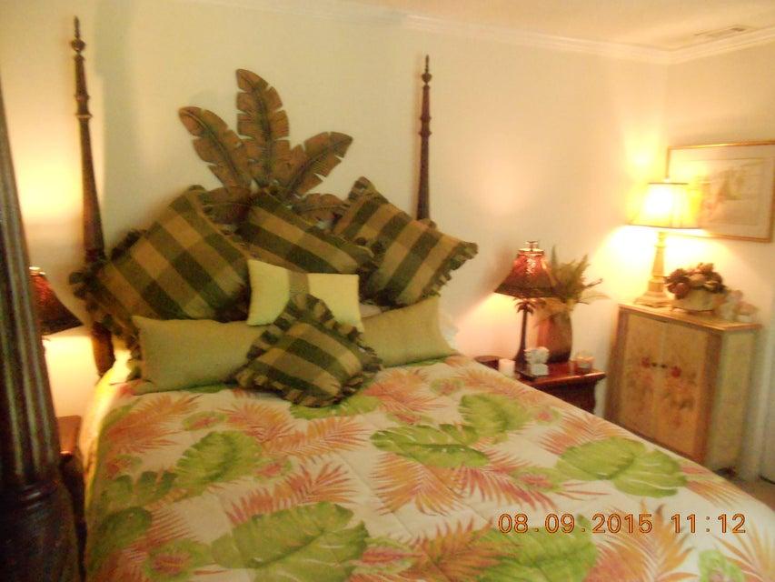 1774  Parc Vue Avenue Mount Pleasant, SC 29464