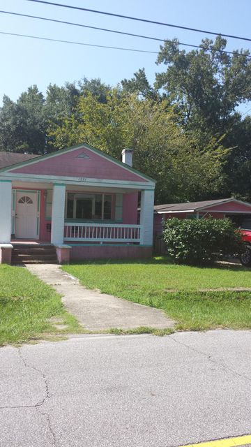 1551  Mulberry Street Charleston, SC 29407