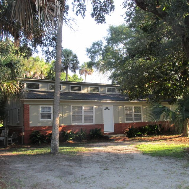 2603  Hartnett Boulevard Isle Of Palms, SC 29451