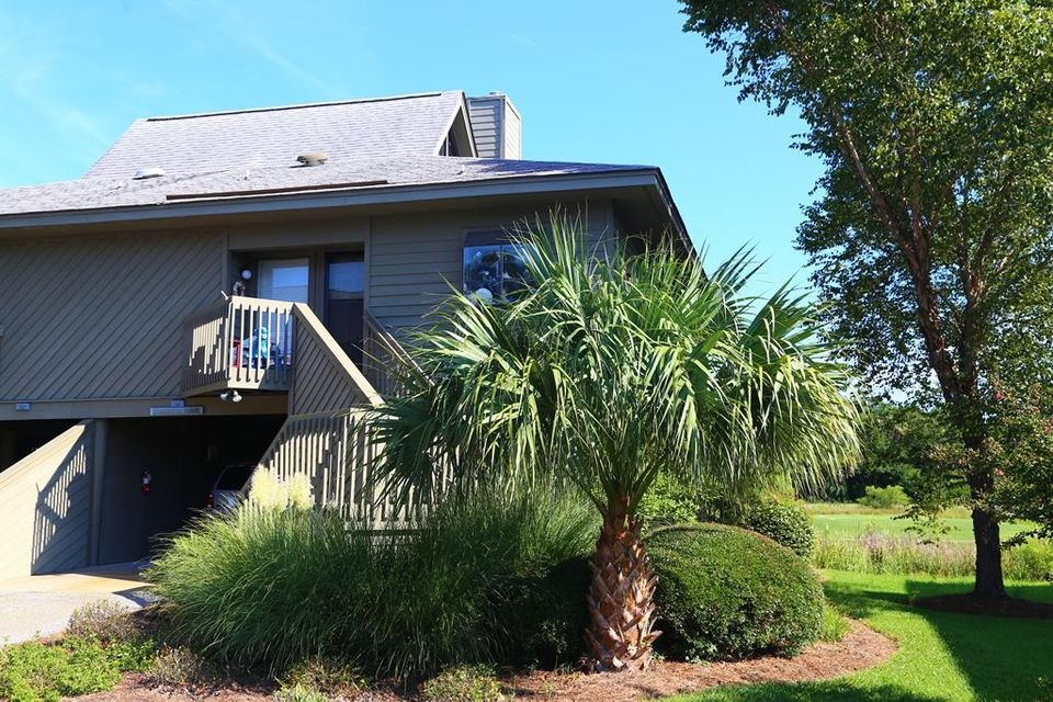 778  Summerwind Edisto Beach, SC 29438