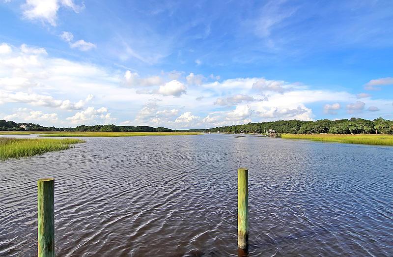 1406  Marshwind Island Road Awendaw, SC 29429