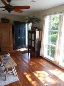 1212  Gilmore Charleston, SC 29407