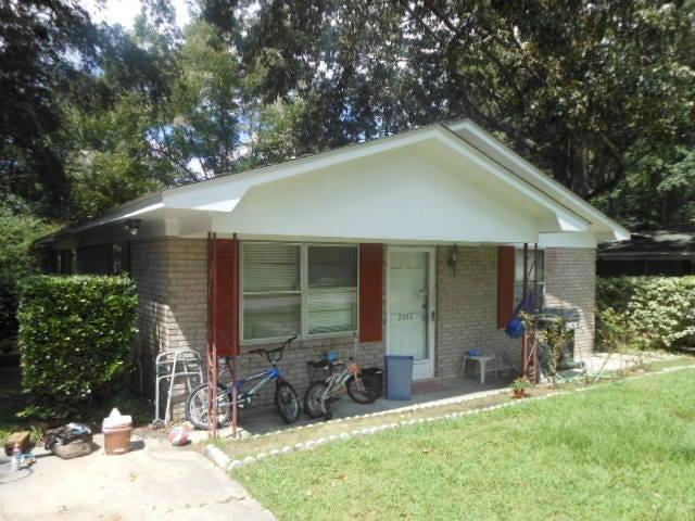 2052  Vestry Drive Charleston, SC 29414