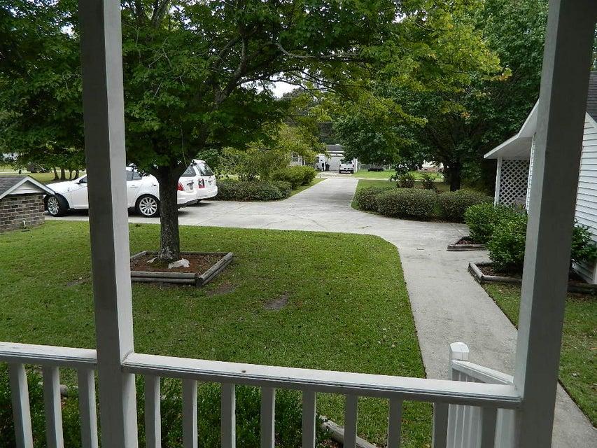692  Lakeside Drive Moncks Corner, SC 29461