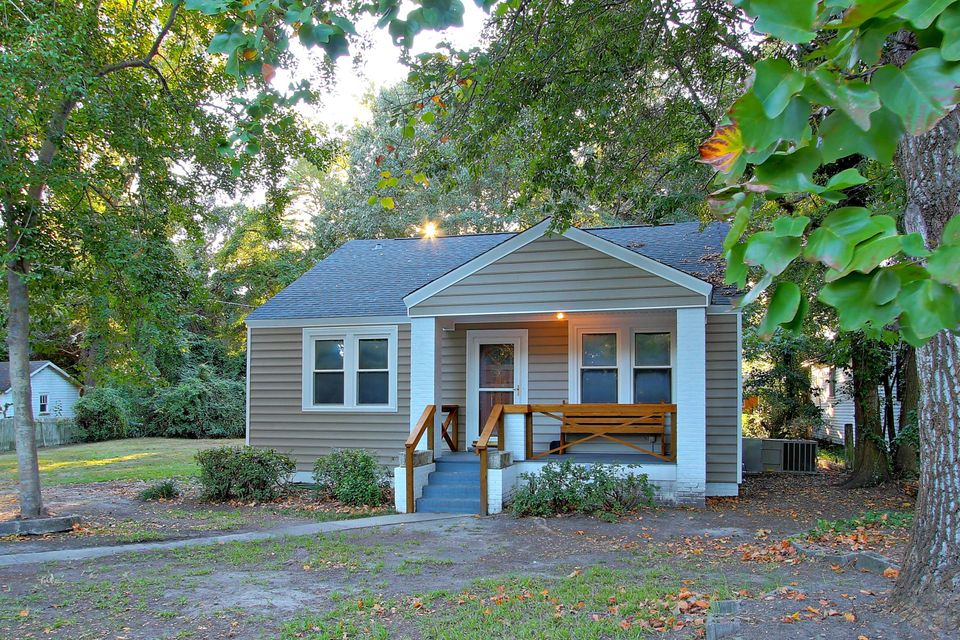 24  Apollo Road Charleston, SC 29407