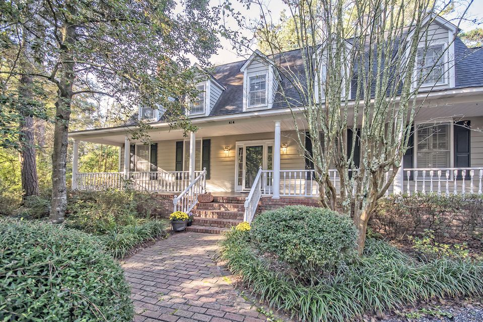 414 W Carolina Avenue Summerville, SC 29483