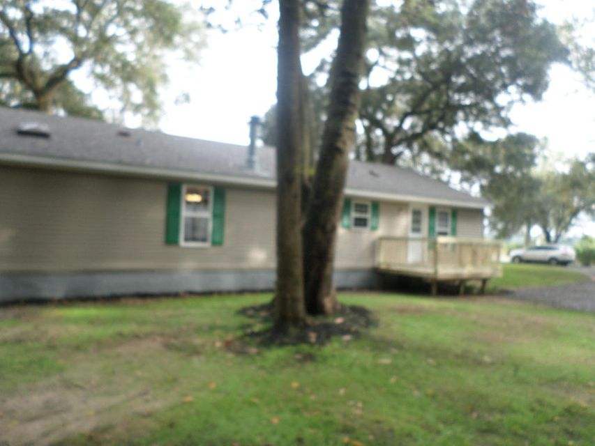 3534  River Road Johns Island, SC 29455