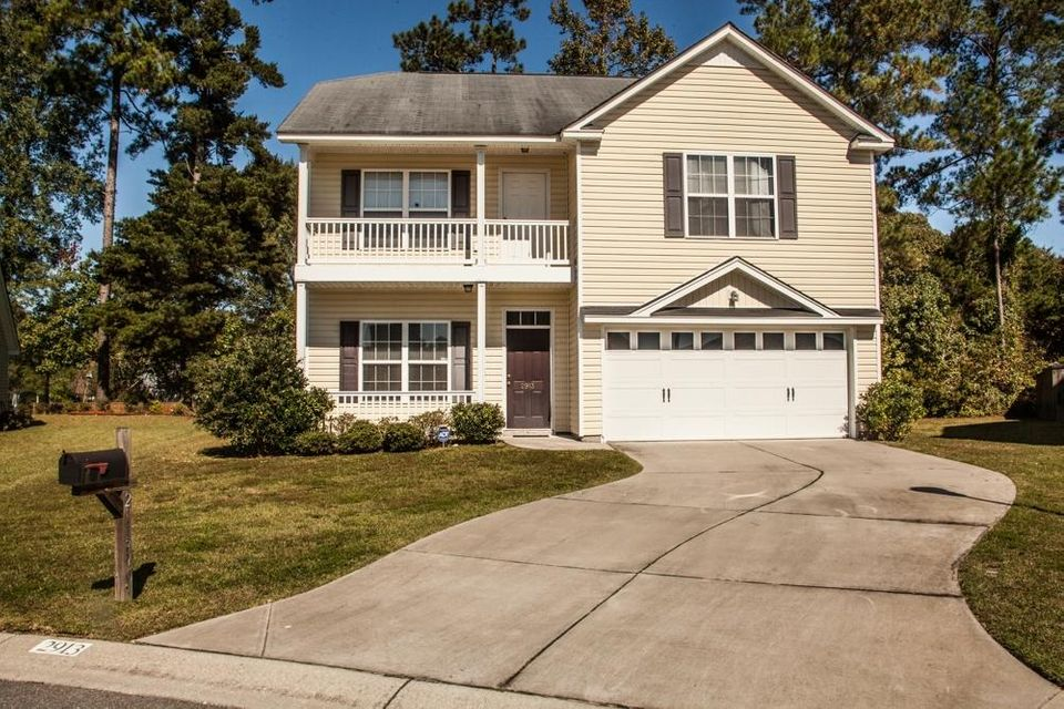 2913  John Cabot Drive North Charleston, SC 29420