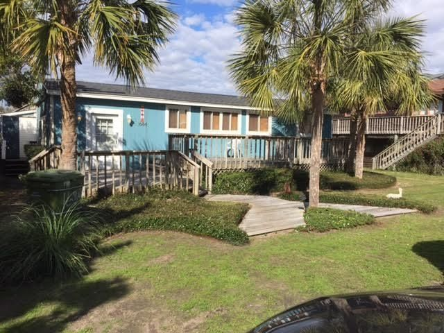 1684 E Ashley Avenue Folly Beach, SC 29439