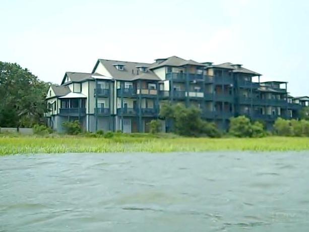 957  Cove Bay Lane Mount Pleasant, SC 29464