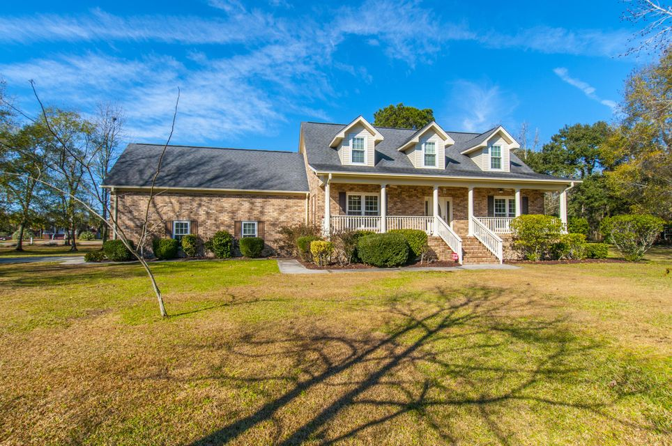 103  River Oak Court Moncks Corner, SC 29461