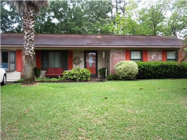 24  Stanhope Road Goose Creek, SC 29445