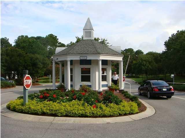 8851 E Fairway Woods Drive North Charleston, SC 29420